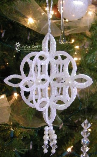 Crystal lattice ornament 2
