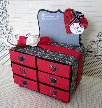 Valentines dresser closed