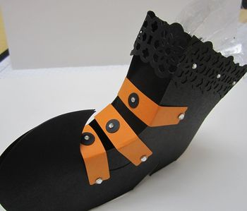 Frans witches boot top side