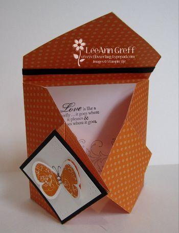 Sept origami half open