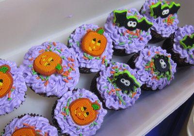Shirley's cupcakes 1