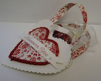 Freaks Valentine blog hop heart pocket