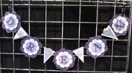 Floral framelits banner