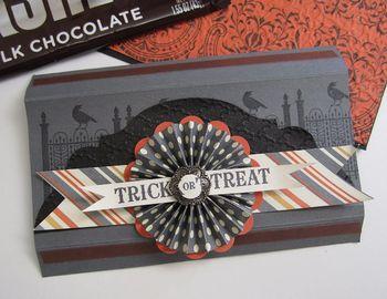 Dawn's Halloween candy bar slider open
