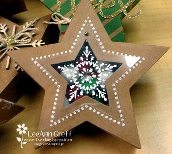 Many Merry Stars hinged box closed
