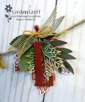 Sept banner leaf