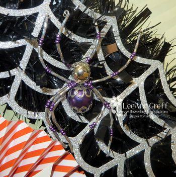 Halloween wreath spider
