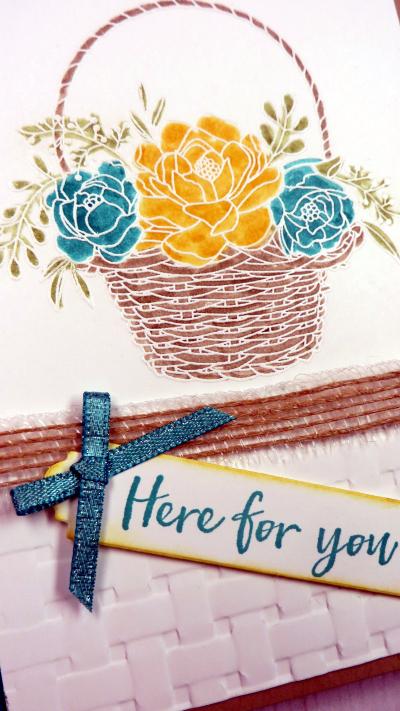 Blossoming Basket close up