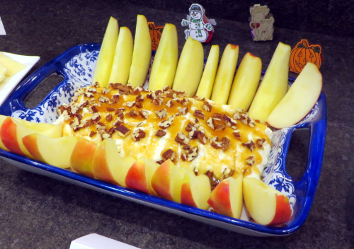 Caramel Pecan Cream Cheese Apple dip