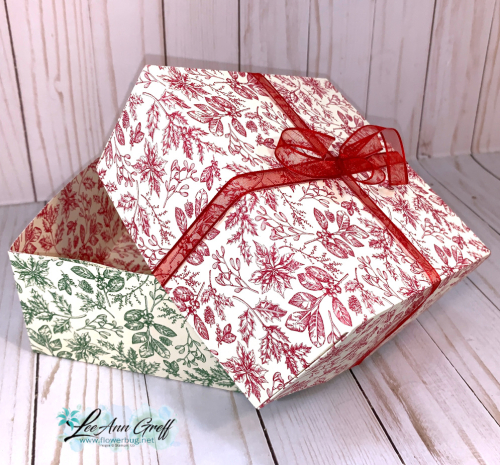 Toile Tidings box