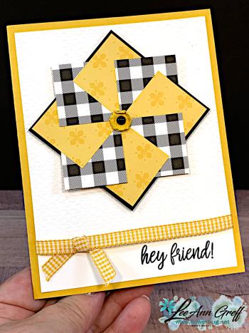 Pinwheel card Bumblebee